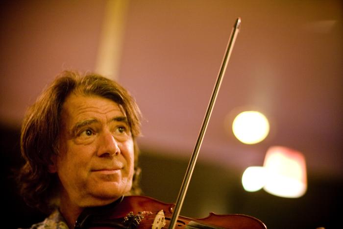 Violin... no, fiddle